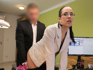 LOAN4K. Elis passes dirty audition in loan agency with...