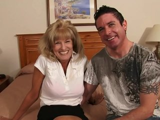 Busty amateur cougar shafting will not hear of younger steady old-fashioned