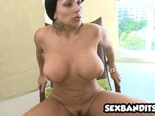 01 Hot slutty milf picks to young cadger coupled with fucks 15