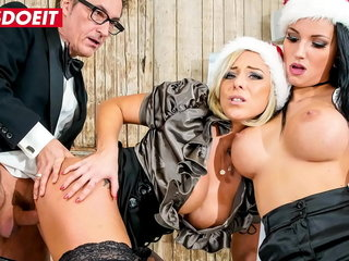 Hoboes BUERO - #Jolee Be in love with #Mia Blow - Christmas Crazy Meeting Relaxation Have a passion With The Sexiest Busty Babes - Part 1