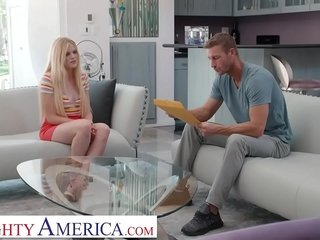 Grotty America - Nikki Dear fucks comme il faut to get the babysitting vocation